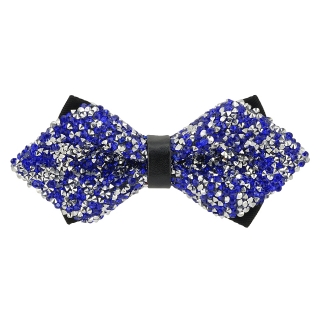 Купить модную галстук-бабочку из плотной хлопковой ткани с узором в виде синих кристаллов.
