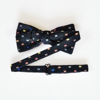 Черный галстук-бабочка с цветным узором