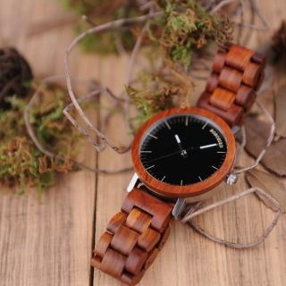 Оригинальные деревянные часы