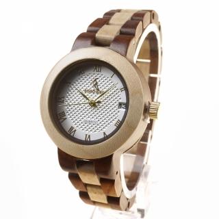Высококачественные часы из натурального дерева.