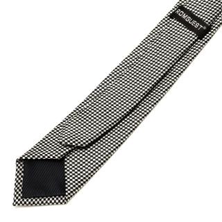 Узкий черно-белый галстук