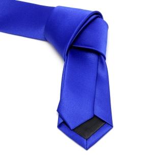 Однотонный узкий галстук синего цвета