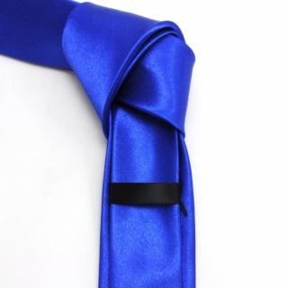 Узкий синий мужской галстук
