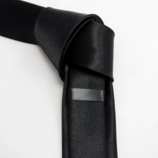 Черный узкий галстук атласный