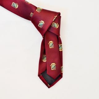 Бордовый мужской галстук с гербами