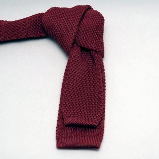 Бордовый однотонный вязаный галстук