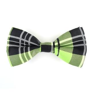 Галстук-бабочка с зеленым орнаментом