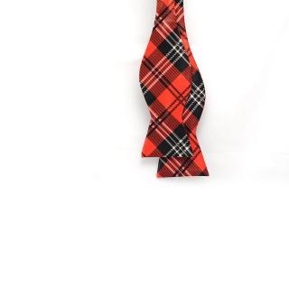 Красно-черная галстук-бабочка самовяз