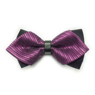 Фиолетовая галстук-бабочка треугольной формы