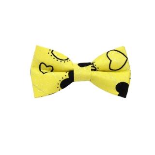 Желтая детская бабочка с сердечками