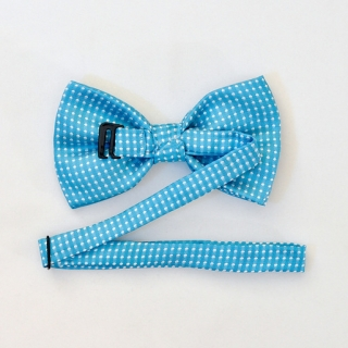 Голубой галстук бабочка на застежке