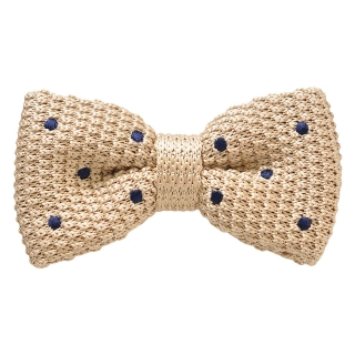 Бежевый вязаный галстук бабочка в горох