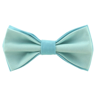 Яркая галстук-бабочка бирюзового цвета