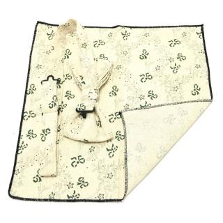Бежевые аксессуары для мужчин бабочка и платок