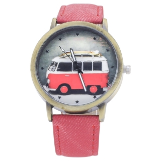 Наручные часы с изображением красного автобуса