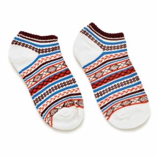 Белые носки с цветным скандинавским узором