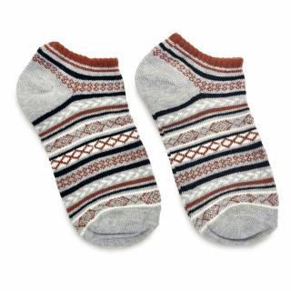Серые скандинавские носки