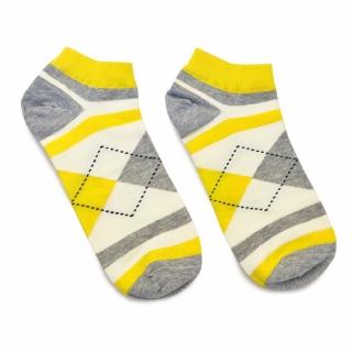 Яркие носки с желтыми и серыми ромбами