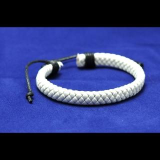 Белый плотный кожаный браслет