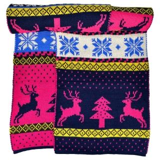 Розовый шарф с оленями