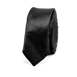 Модный черный галстук