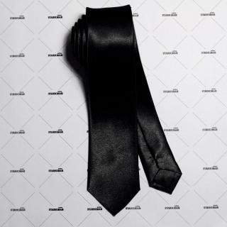 Классический узкий галстук