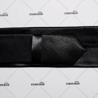 Узкий галстук черного цвета