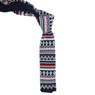 Вязаный галстук с узором